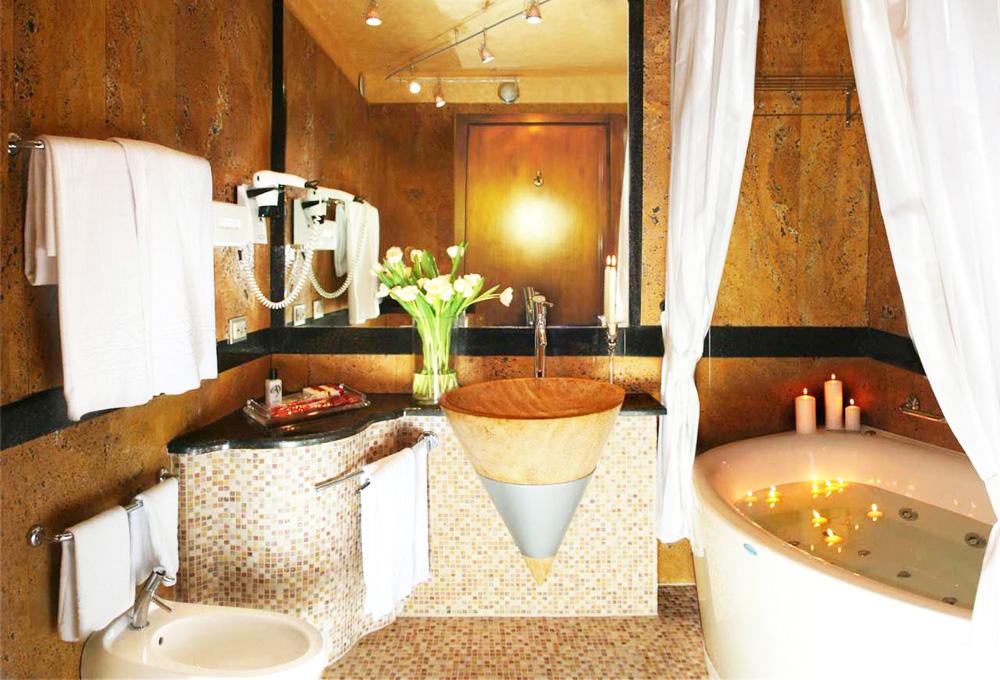 Camera con vasca idromassaggio milano weekend romantico - Idromassaggio in camera da letto bari ...